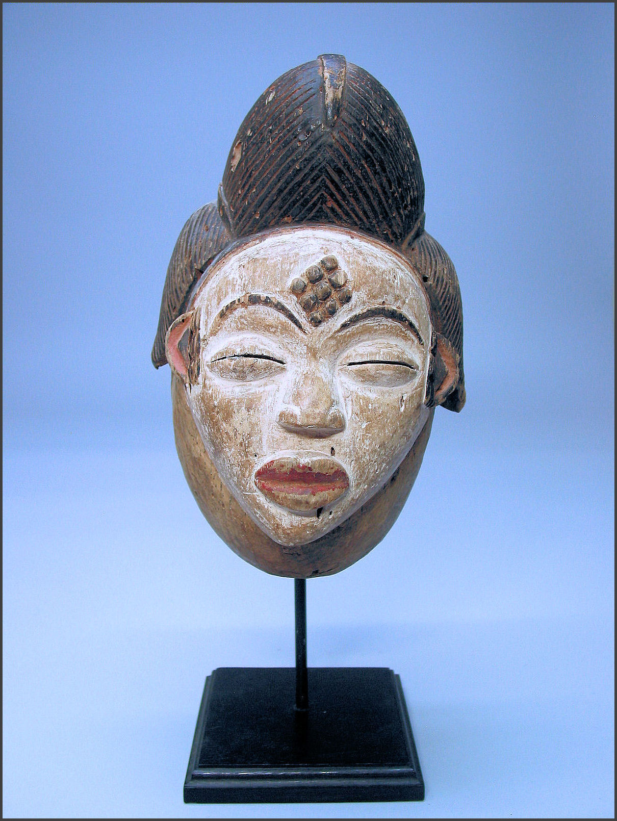 african mask essay African literature - african literature essay discuss african literature from the 1970's to 1990's african masks and fetishes - african masks and fetishes research.